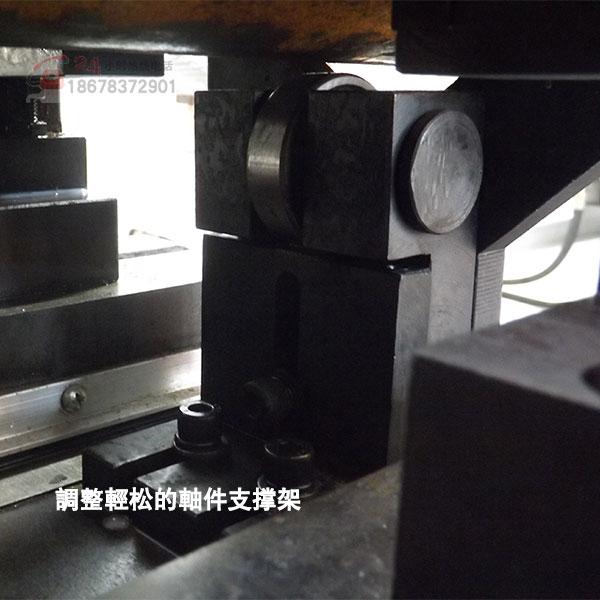 zk8220-2000铣端面打中心孔机床调整工件非常方便